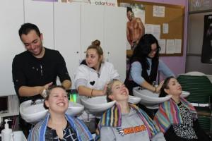 6 beim Frisör in der Schule (6)